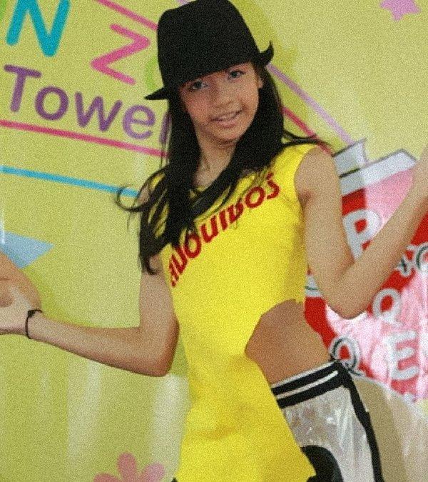Tua lại hành trình lột xác quá ấn tượng của Lisa: Từ cô bé Thái Lan đen nhẻm đến mỹ nhân đẹp nhất châu Á-3