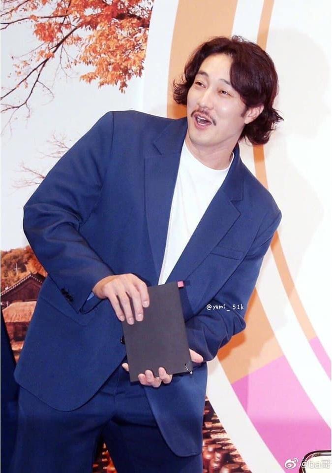 Nam thần Giày thủy tinh So Ji Sub khiến khán giả giật mình với hình ảnh tăng cân, xuống sắc không ngờ-5