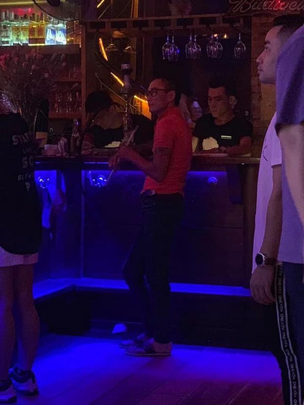 Bị câm điếc bẩm sinh nhưng lại nghiện đi bar, thanh niên liên tục đột nhập tiệm massage để trộm tiền-3