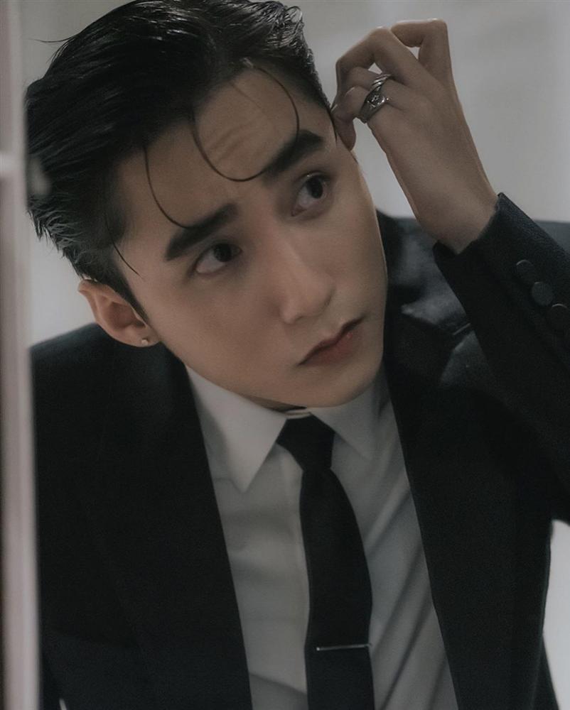 Gương mặt Sơn Tùng M-TP xuất sắc tới cỡ nào mà lọt top 100 chàng trai đẹp nhất Châu Á?-1