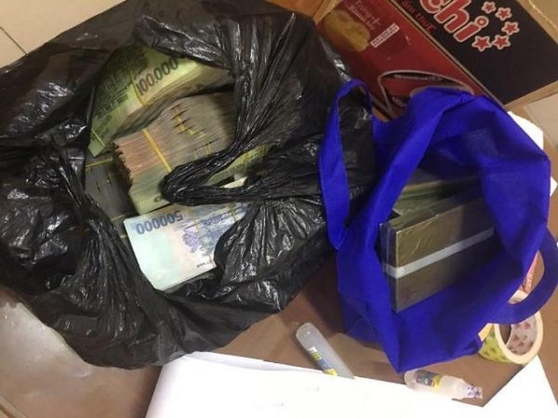 Nữ giáo viên tiểu học đề nghị hối lộ CSGT 1 tỷ đồng để bỏ qua việc vận chuyển ma túy-2