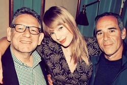 Vì sao Taylor Swift lại 'dứt áo ra đi' với công ty cũ đã gắn bó hơn chục năm?