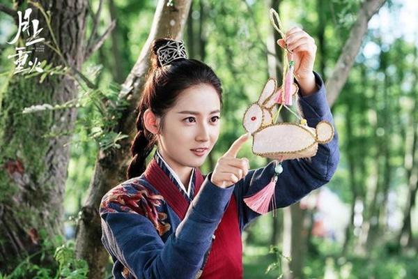 Chưa lên sóng, phim mới của Triệu Lệ Dĩnh và Trần Ngọc Kỳ đã có nhiều điểm giống nhau, netizen mong chờ phim nào hơn?-7