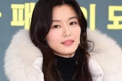 'Mợ chảnh' Jeon Ji Hyun khoe vẻ ngoài xuất sắc dù đã là mẹ 2 con