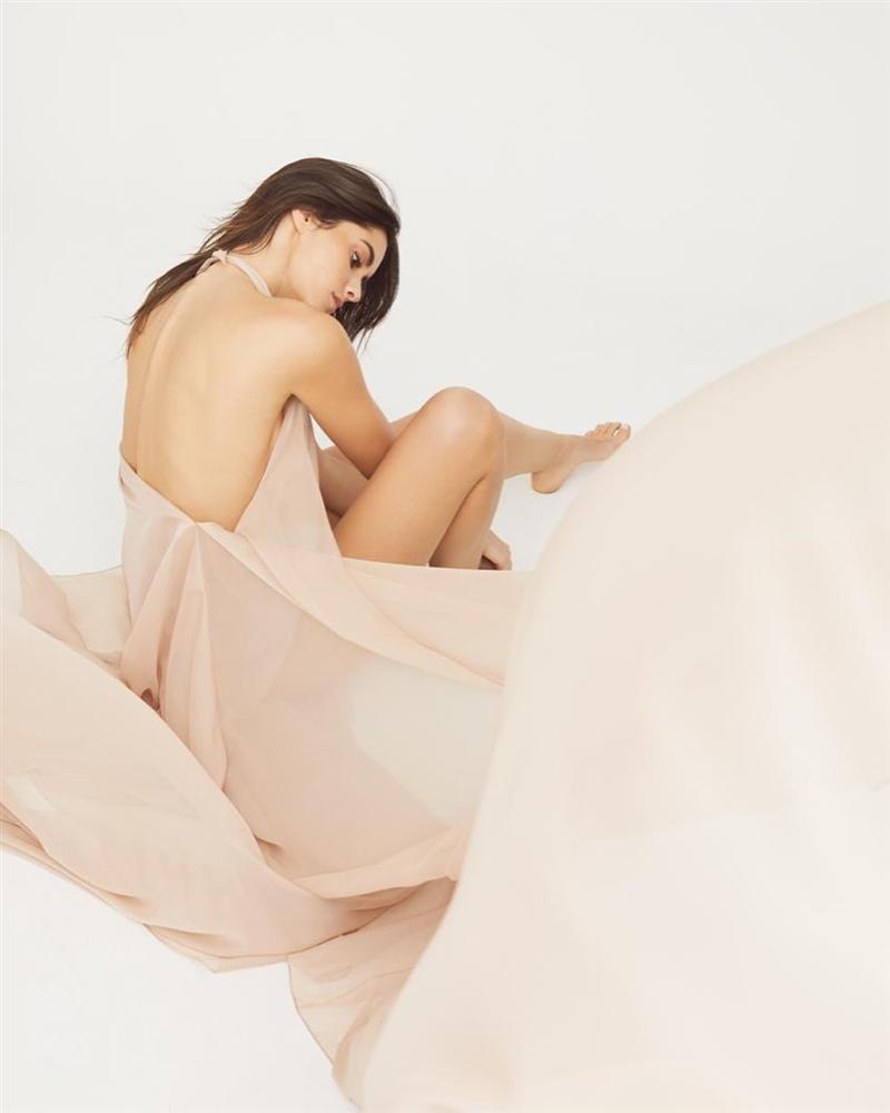 Bản tin Hoa hậu Hoàn vũ 12/11: HHen Niê lên đồ xuất sắc, chặt đẹp từng giai nhân quốc tế-6