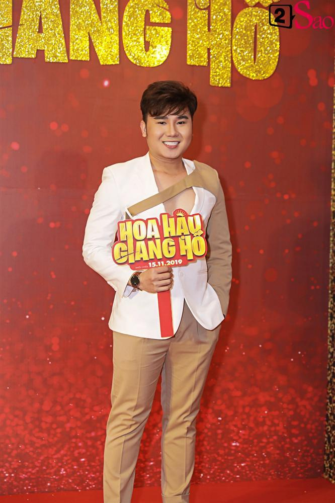 Thanh Hằng tái ngộ Hà Tăng trên thảm đỏ ra mắt phim đầu tay của Lương Mạnh Hải và Minh Tú-12