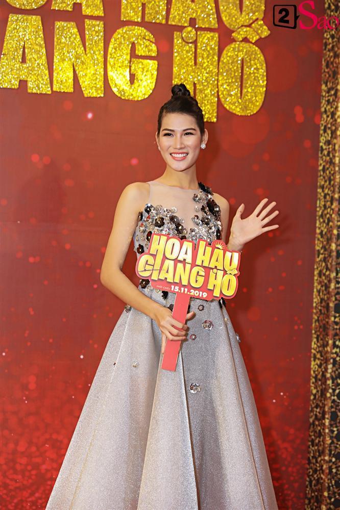 Thanh Hằng tái ngộ Hà Tăng trên thảm đỏ ra mắt phim đầu tay của Lương Mạnh Hải và Minh Tú-10