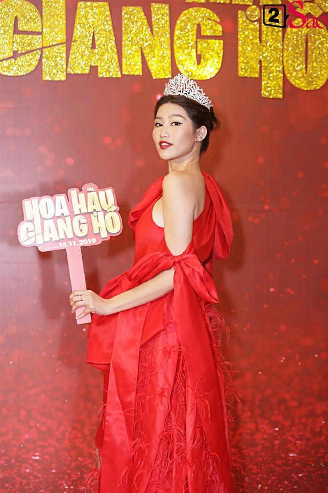 Thanh Hằng tái ngộ Hà Tăng trên thảm đỏ ra mắt phim đầu tay của Lương Mạnh Hải và Minh Tú-9