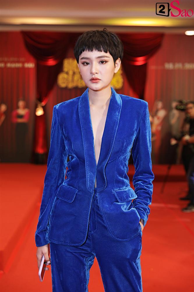 Thanh Hằng tái ngộ Hà Tăng trên thảm đỏ ra mắt phim đầu tay của Lương Mạnh Hải và Minh Tú-13