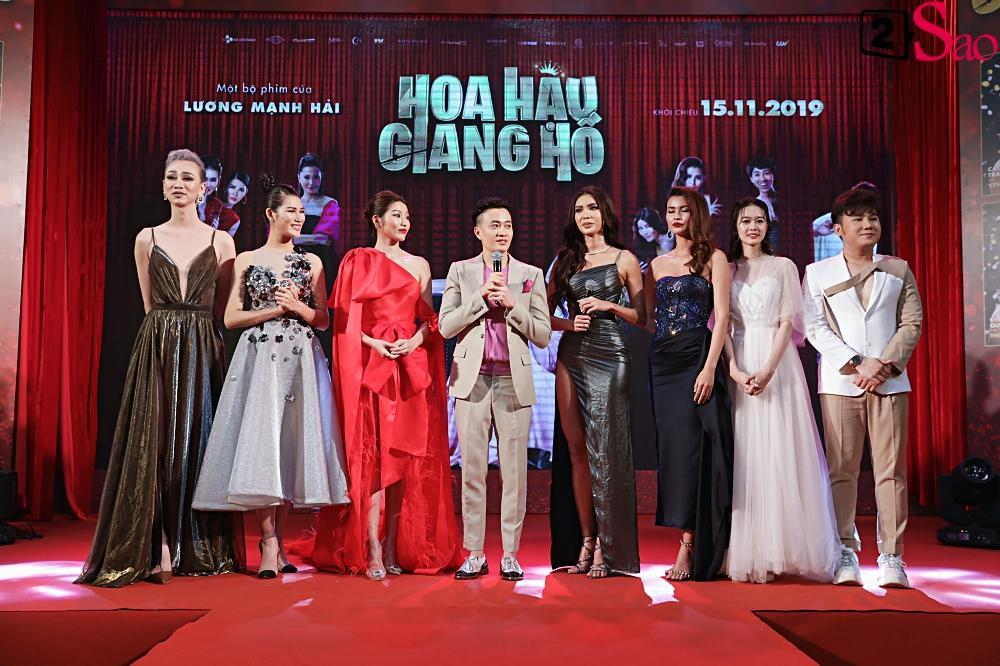 Thanh Hằng tái ngộ Hà Tăng trên thảm đỏ ra mắt phim đầu tay của Lương Mạnh Hải và Minh Tú-21