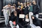 Big Hit bị chỉ trích vì khen 'TXT có chiều sâu hơn BTS'