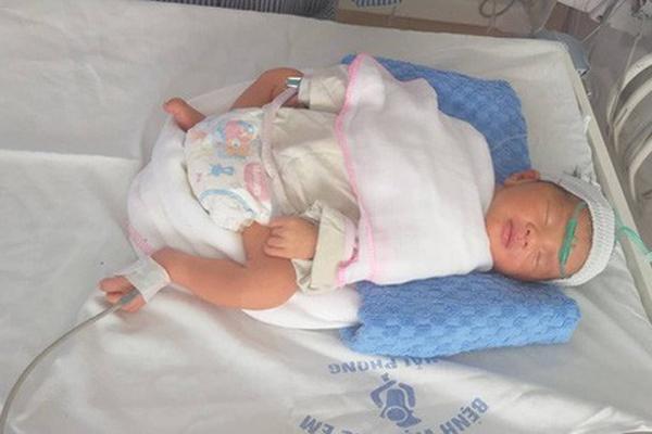 Hải Phòng: Bà mẹ 4 con nguy kịch vì tai nạn giao thông, thai nhi phải chào đời sớm-1