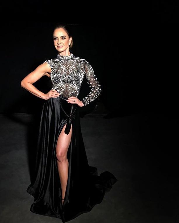 Bản tin Hoa hậu Hoàn vũ 13/11: HHen Niê mix đồ thổ cẩm cao tay, giật ngay spotlight của dàn mỹ nữ-3