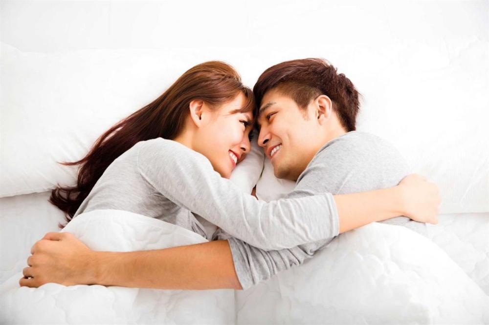 Vợ chồng làm những điều này trước khi ngủ, kẻ thứ 3 sao có cửa ... marry