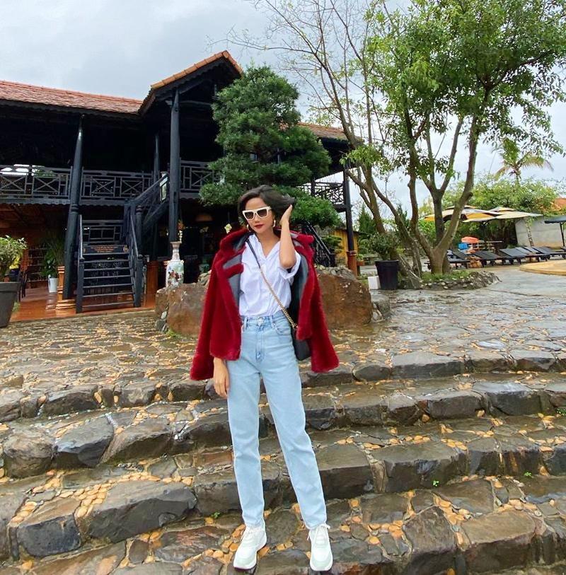 Đặng Thu Thảo mặc váy thùng thình rộ tin bầu bí lần 2 - Hoài Linh lần đầu dát cả cây hàng hiệu chất lừ-7