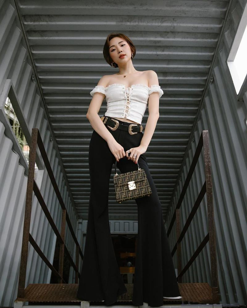 Đặng Thu Thảo mặc váy thùng thình rộ tin bầu bí lần 2 - Hoài Linh lần đầu dát cả cây hàng hiệu chất lừ-11