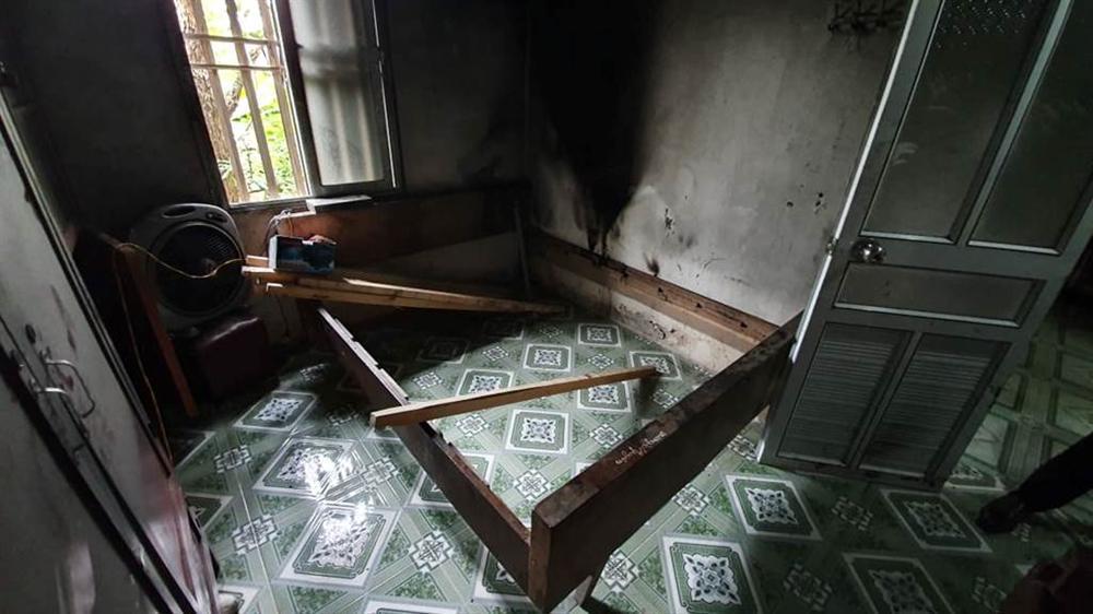Vụ chồng giết vợ rồi đốt xác ở Thái Bình: Ám ảnh khói đen bao trùm kín hiện trường-5