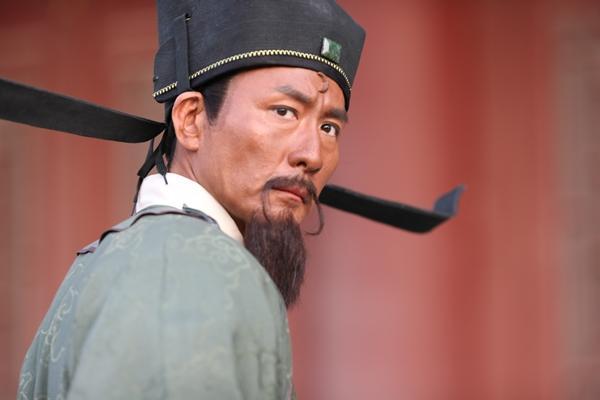 Người đàn ông vàng của làng phim cổ trang Hoa ngữ là ai?-4