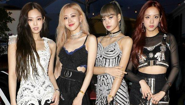 Fan trend hashtag yêu cầu BLACKPINK rời YG Entertainment-1