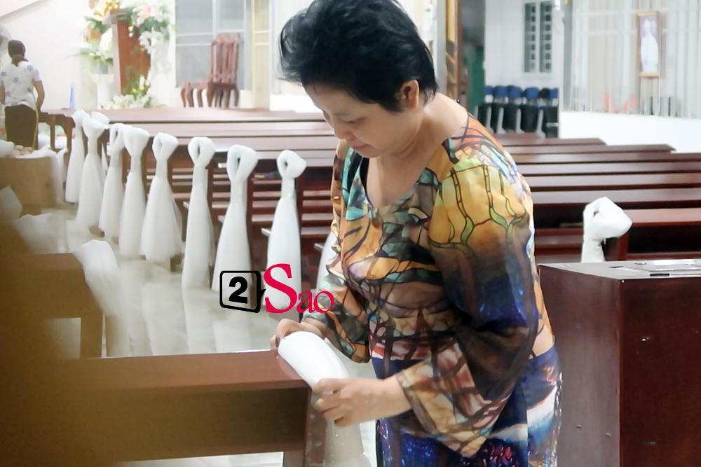 HOT: Bố mẹ Bảo Thy tận tay trang trí biệt thự, nhà thờ cho con gái rượu trước lễ thành hôn-7