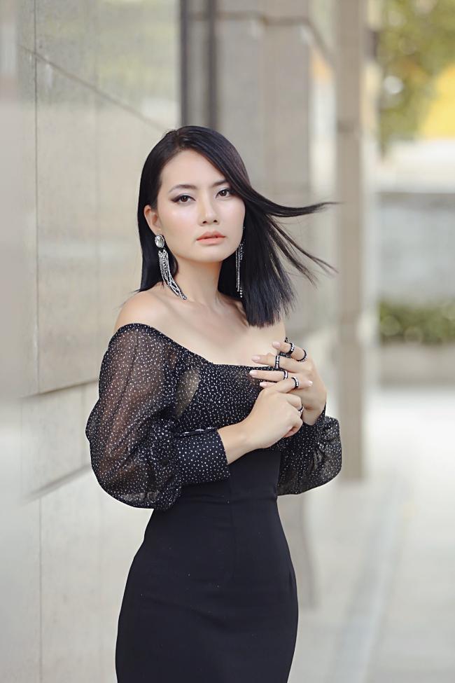 Những điểm trùng hợp đến khó tin của 2 mỹ nhân Việt lận đận đường tình từ phim đến đời-1