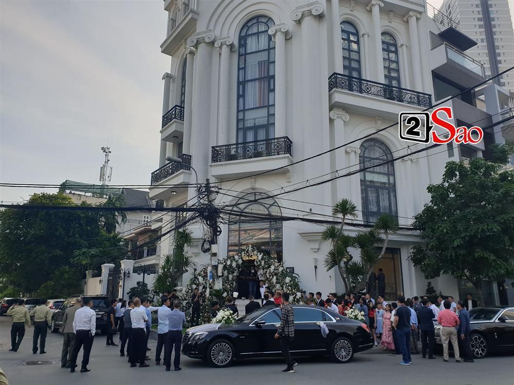 Điểm lạ trong lễ cưới Bảo Thy: Cô dâu chú rể không chung bước, liên tục người đi trước - kẻ bước sau-1