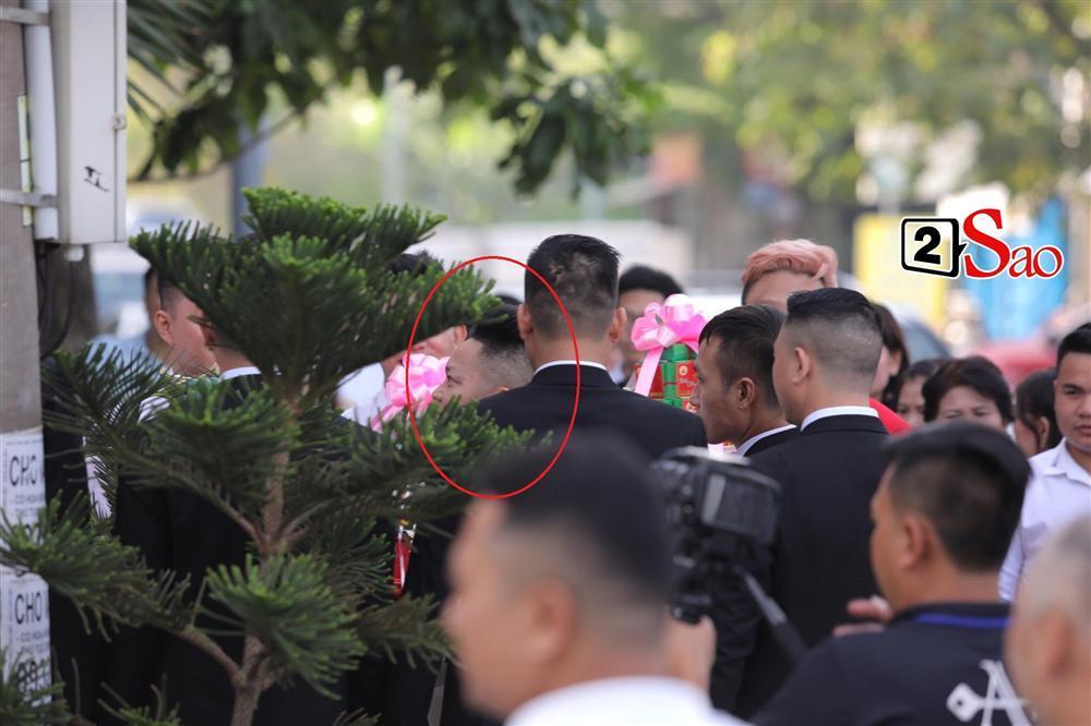 Điểm lạ trong lễ cưới Bảo Thy: Cô dâu chú rể không chung bước, liên tục người đi trước - kẻ bước sau-8