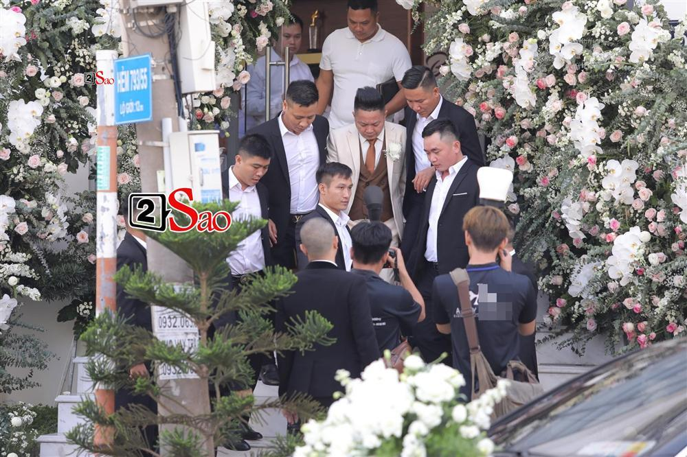 Điểm lạ trong lễ cưới Bảo Thy: Cô dâu chú rể không chung bước, liên tục người đi trước - kẻ bước sau-10