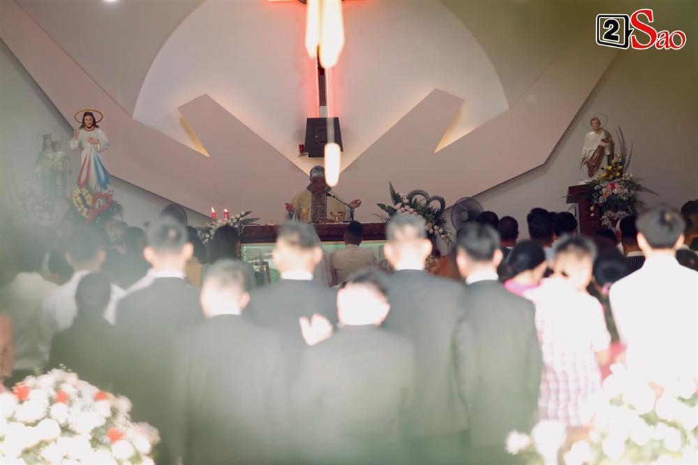 Điểm lạ trong lễ cưới Bảo Thy: Cô dâu chú rể không chung bước, liên tục người đi trước - kẻ bước sau-20