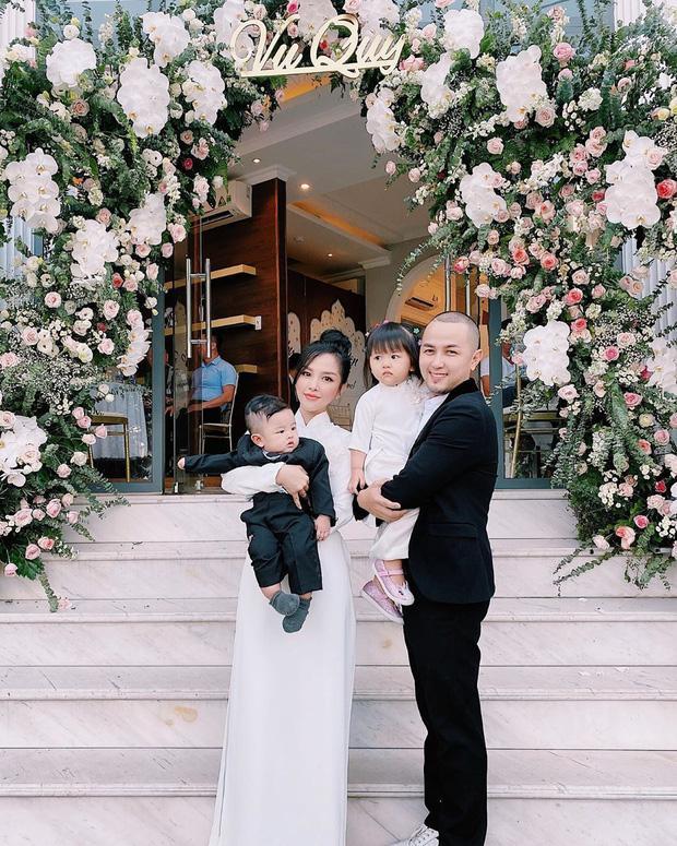 Đám cưới em gái, gia đình anh trai ca sĩ Bảo Thy lại giật hết spotlight bởi ngoại hình cả nhà đều đẹp-3