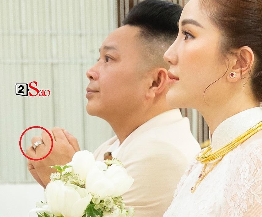 Đếm sương sương số vàng bạc, kim cương mà Bảo Thy và chồng đại gia đắp lên người ngày cưới cũng gần 20 món-9