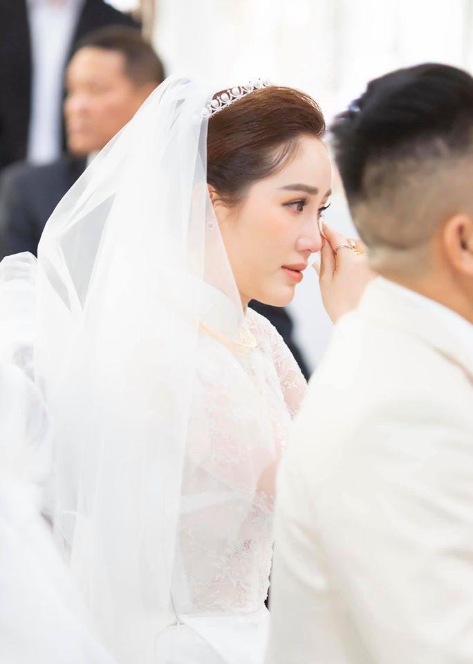 Sát giờ diễn ra hôn lễ, Bảo Thy căn dặn: Đừng ai khóc, cô dâu không muốn trôi lông mi giả-1
