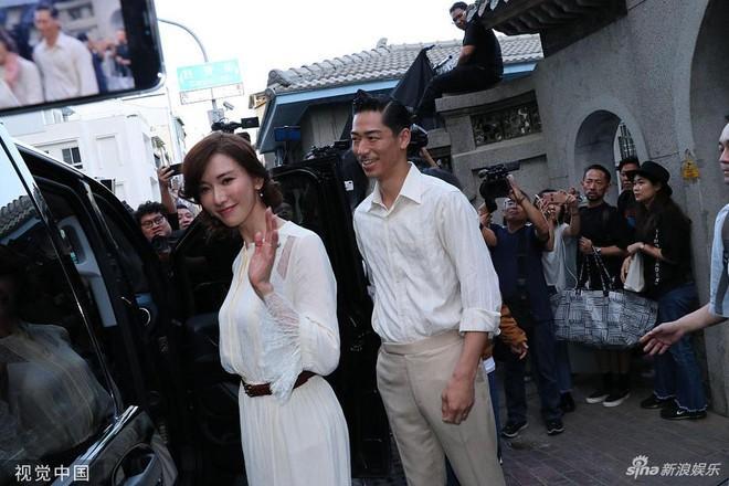 Lâm Chí Linh luyện tập cho hôn lễ cùng váy cưới-9