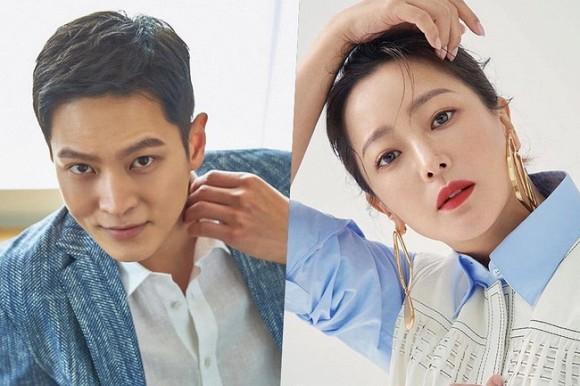 Vừa nghe tin Kim Tae Hee đóng phim, đệ nhất mỹ nhân xứ Hàn Kim Hee Sun cũng nhận lời đóng cặp với trai trẻ kém gần 10 tuổi-1