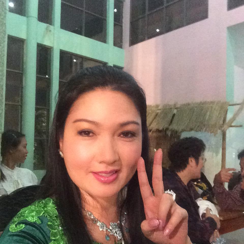 Chị gái Nhật Kim Anh tố em chồng cũ từng bạo hành, dí dao vào cổ bất chấp vợ đang bầu bí vượt mặt-3