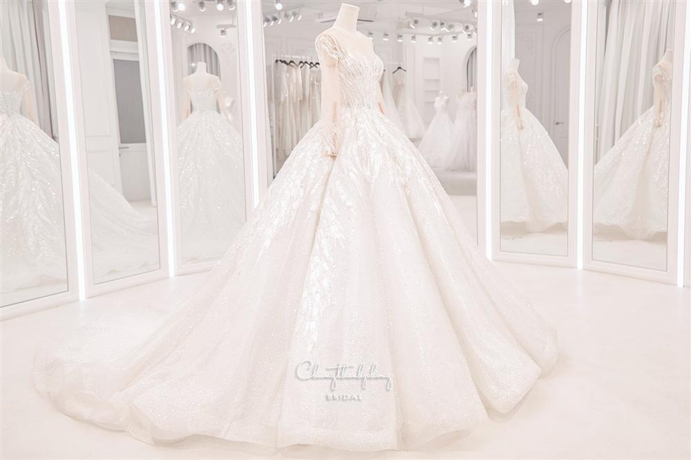 3 bộ chụp ảnh cưới chưa là gì, 3 váy cưới chính thức của Bảo Thy mới thực sự là cực phẩm!-8