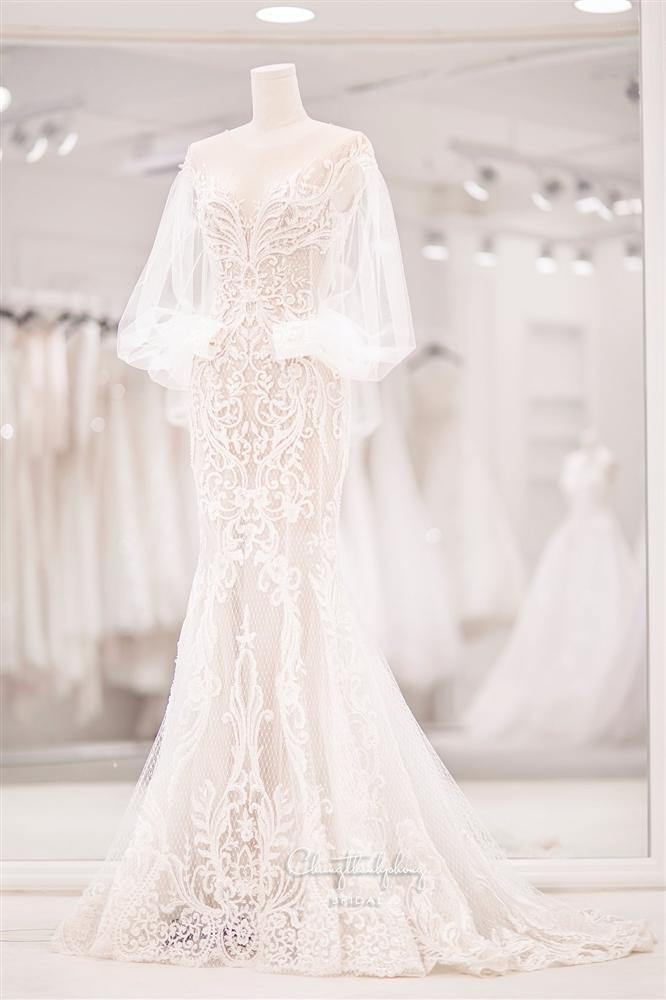 3 bộ chụp ảnh cưới chưa là gì, 3 váy cưới chính thức của Bảo Thy mới thực sự là cực phẩm!-2