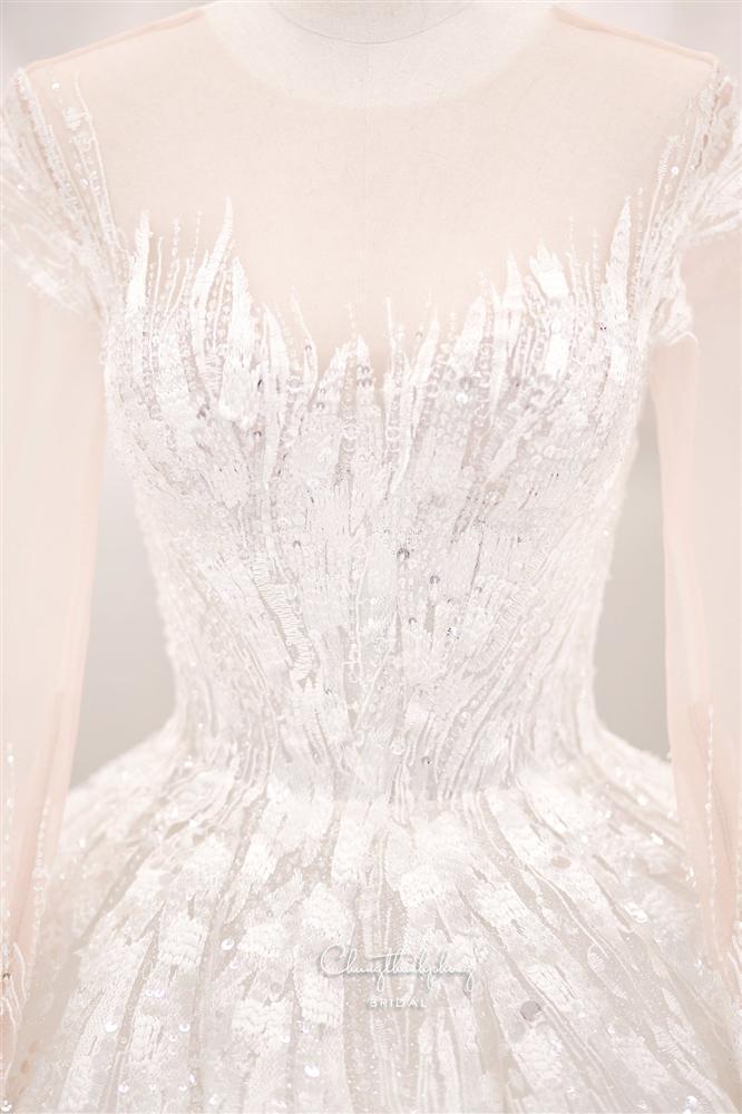 3 bộ chụp ảnh cưới chưa là gì, 3 váy cưới chính thức của Bảo Thy mới thực sự là cực phẩm!-6