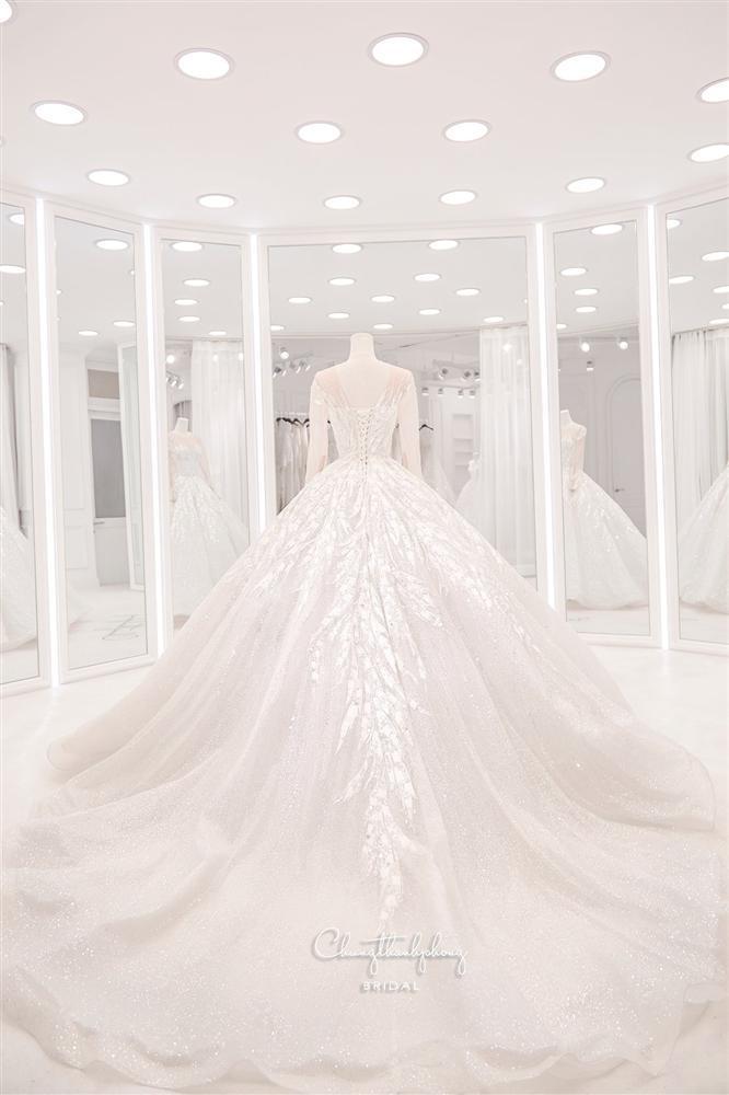 3 bộ chụp ảnh cưới chưa là gì, 3 váy cưới chính thức của Bảo Thy mới thực sự là cực phẩm!-7