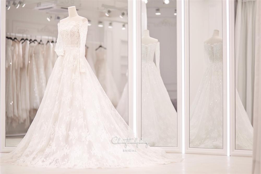 3 bộ chụp ảnh cưới chưa là gì, 3 váy cưới chính thức của Bảo Thy mới thực sự là cực phẩm!-11