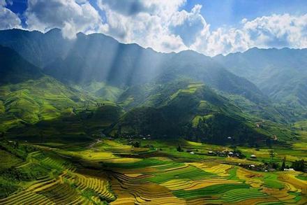 Sửng sốt Hà Giang đẹp như cảnh thần tiên từ mọi góc độ