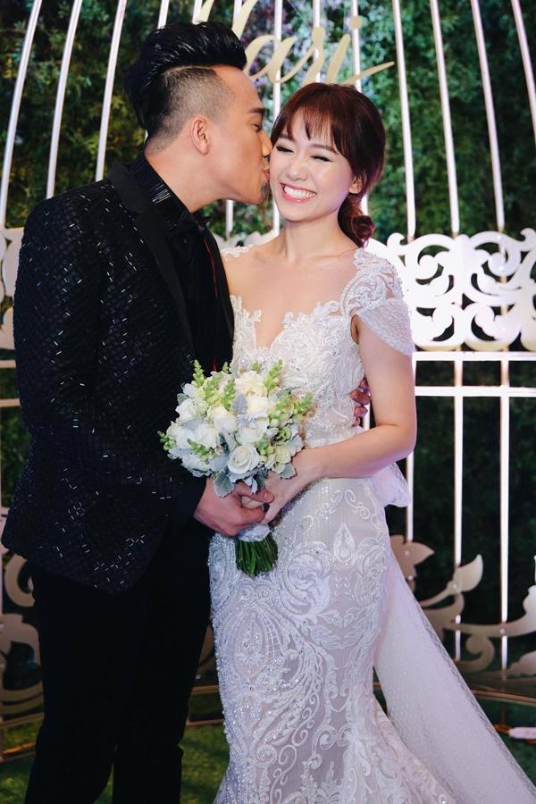 So thực đơn trong tiệc cưới của Cường Đô La, Trường Giang và sao Việt-11