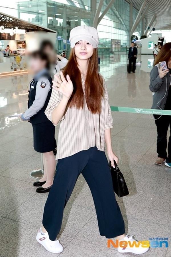 Tzuyu nhiều lần gây thất vọng vì style sân bay khó ngấm-6