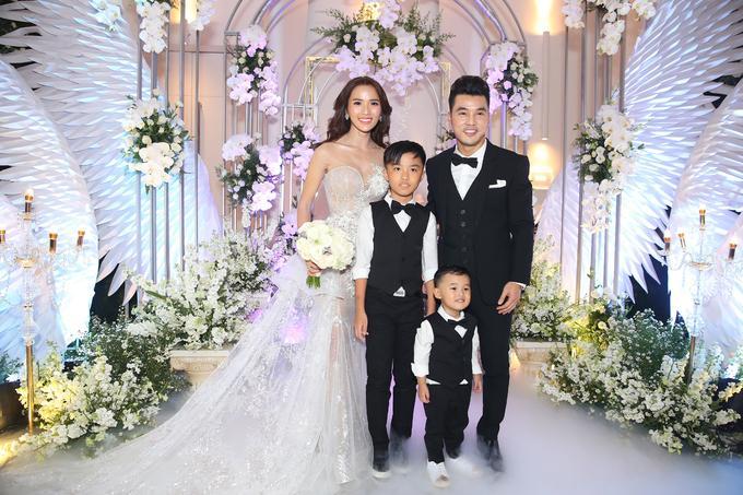Những khoảnh khắc xuất sắc trong đám cưới sao Việt: Cùng nhau xum vầy con anh - con em - con chúng ta-6