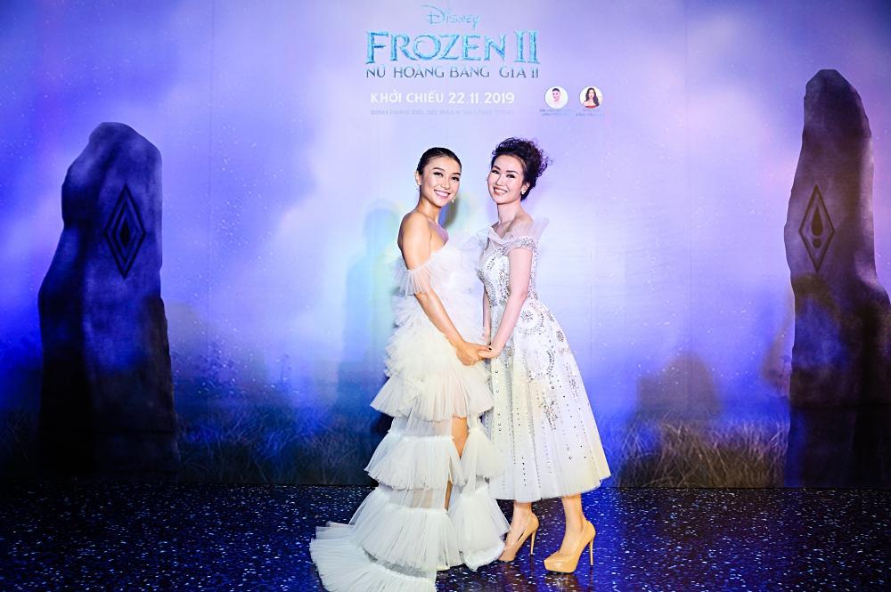 Tan chảy trước hình ảnh con út nhà Lý Hải - Minh Hà ngủ gục trên vai bố khi dự ra mắt phim Frozen 2-1