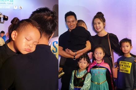 Tan chảy trước hình ảnh con út nhà Lý Hải - Minh Hà ngủ gục trên vai bố khi dự ra mắt phim 'Frozen 2'