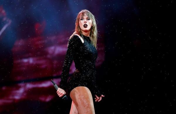 Bênh vực Taylor Swift, đạo diễn Bad Blood xúc phạm Justin Bieber là đồ rác rưởi-2