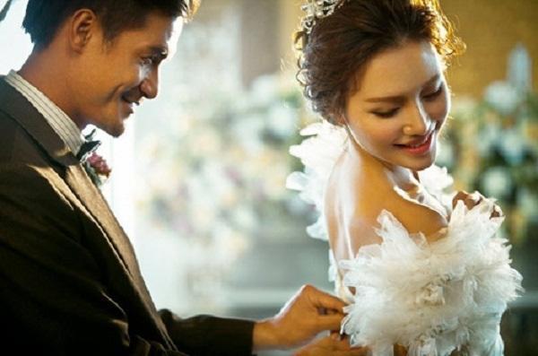Bài học đắng chát cho gã đàn ông tham vàng bỏ ngãi, vừa cưới xong cô dâu bỏ trốn cùng đống phong bì và 10 cây vàng-2