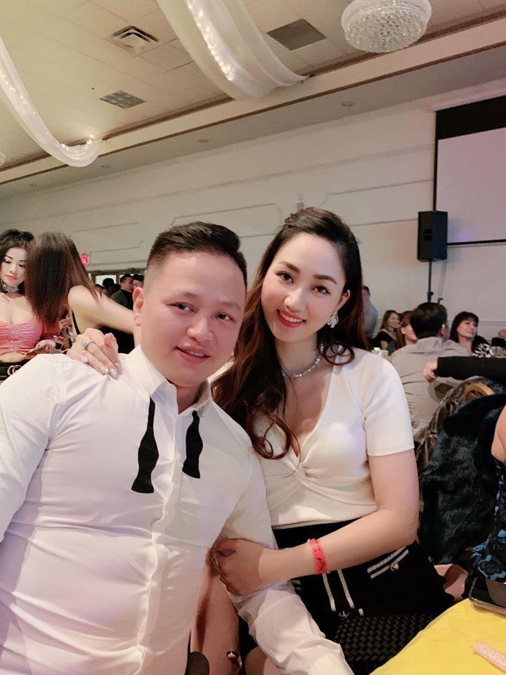 Hồ Ngọc Hà phải đeo kính râm khi chụp hình cùng vợ chồng Á hậu Ngô Trà My-1
