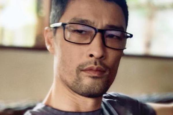 Johnny Trí Nguyễn lấy lại phong độ sau khi cạo râu-1